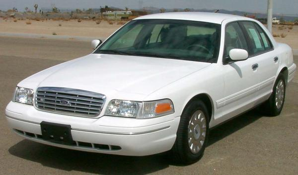 Ford Crown Victoria 2007 #4