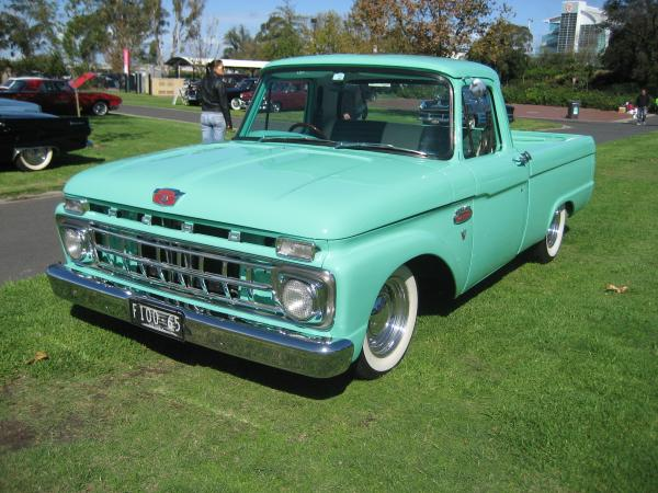 1961 Ford F250