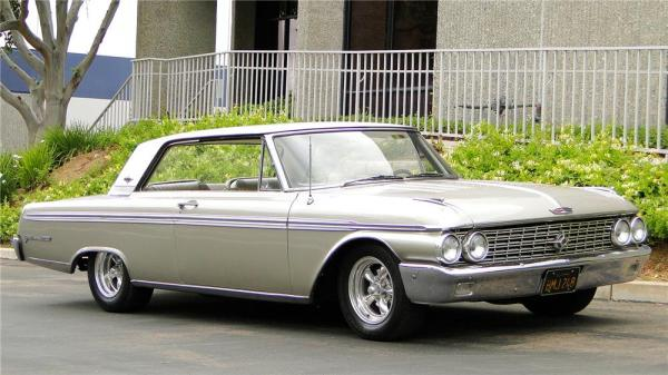 Ford Galaxie 500 XL 1962 #1
