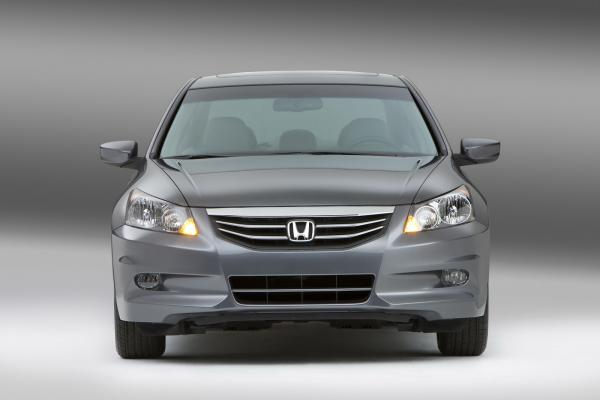 Honda Civic, The Best Choice for both Honda 2011 Sedan & Coupe