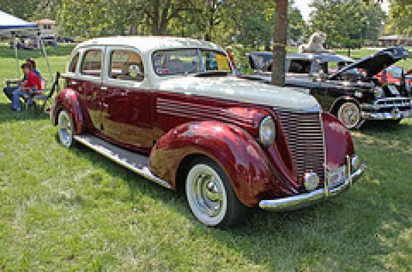 Hupmobile Series 822-E 1938 #2
