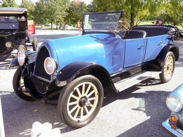 1923 Hupmobile Series R-10