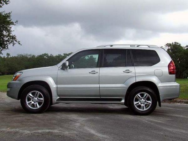 2005 Lexus GX 470 - Information and photos - MOMENTcar