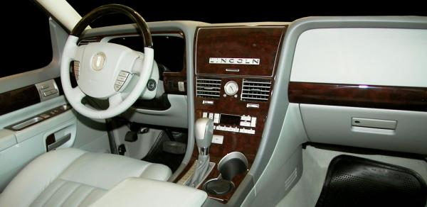 Lincoln Aviator #5