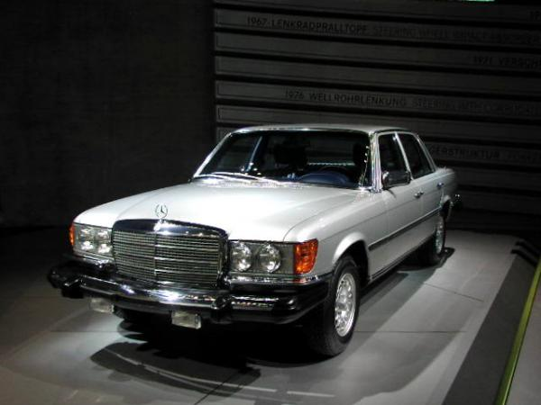 Mercedes-Benz 300SD #4