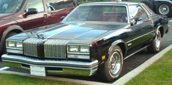 Oldsmobile Cutlass 1977 #3
