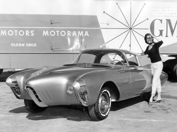 Oldsmobile Golden Rocket #4