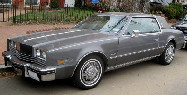 Oldsmobile Toronado Base #2