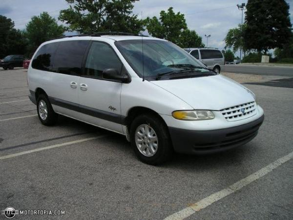 Plymouth Grand Voyager 1997 #2