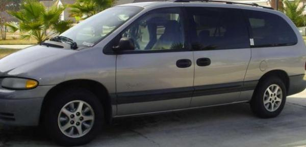 Plymouth Grand Voyager 1997 #3