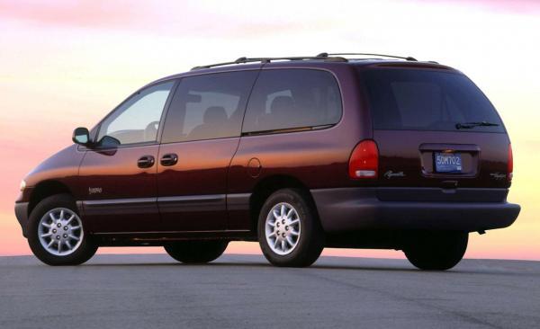 Plymouth Grand Voyager Expresso #1