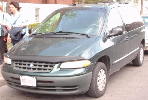 Plymouth Voyager 2000 #3