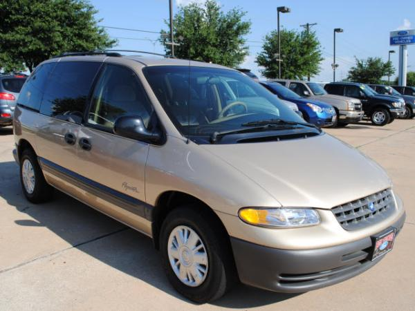 Plymouth Voyager SE #3