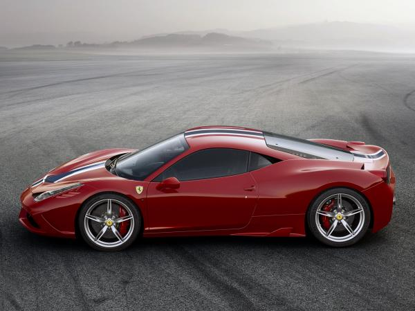 The Engine of the Year in Ferrari 2013 458 Speciale